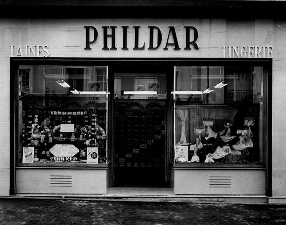 Prodejna přízí a textilu s názvem Phildar